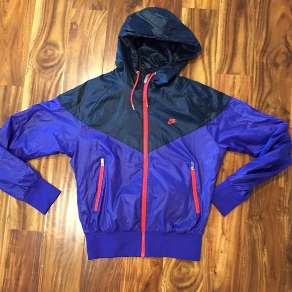 nike windrunner jacket nike iconic windrunner lightweight jacket. fits true to size. barely wore this, excellent condition. Nike Jackets & Coats