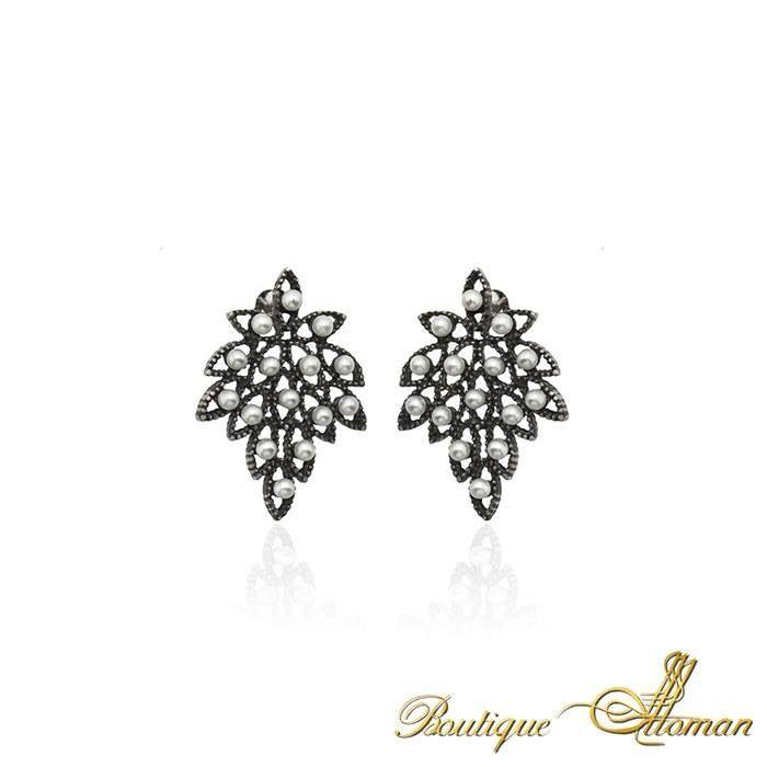 Authentic Leaf Earring by Boutique Ottoman