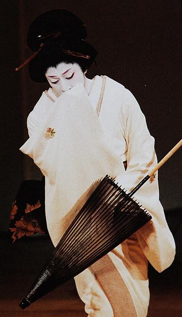 National Living Treasure of Japan as an Kabuki actor, BANDO Tamasaburo 坂東玉三郎(人間国宝)