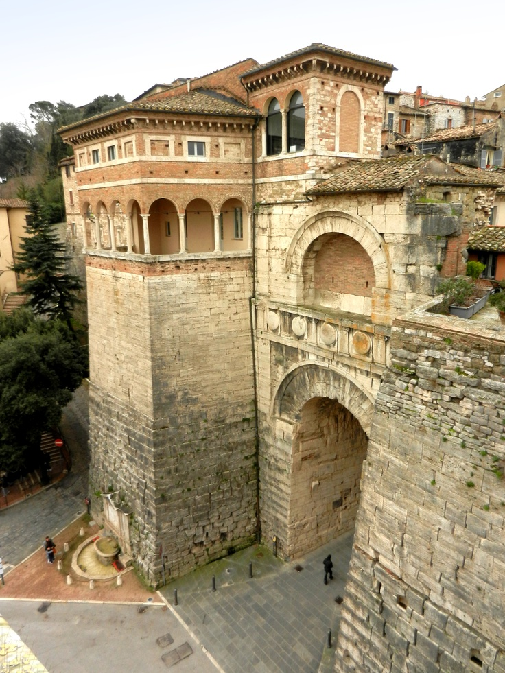 Arco Etrusco / Perugia