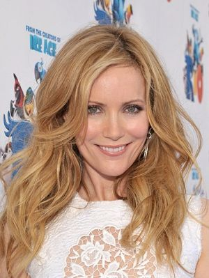 Love Leslie Mann! Hilarious, beautiful, rocking body....definitely one of my girl crushes~