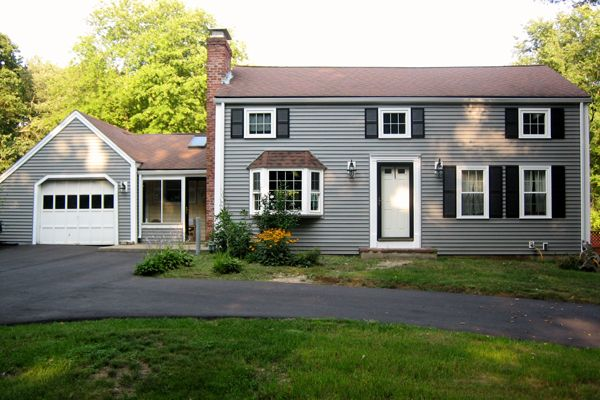 Best Brown Roof Gray Siding Google Search Red Roof House 400 x 300