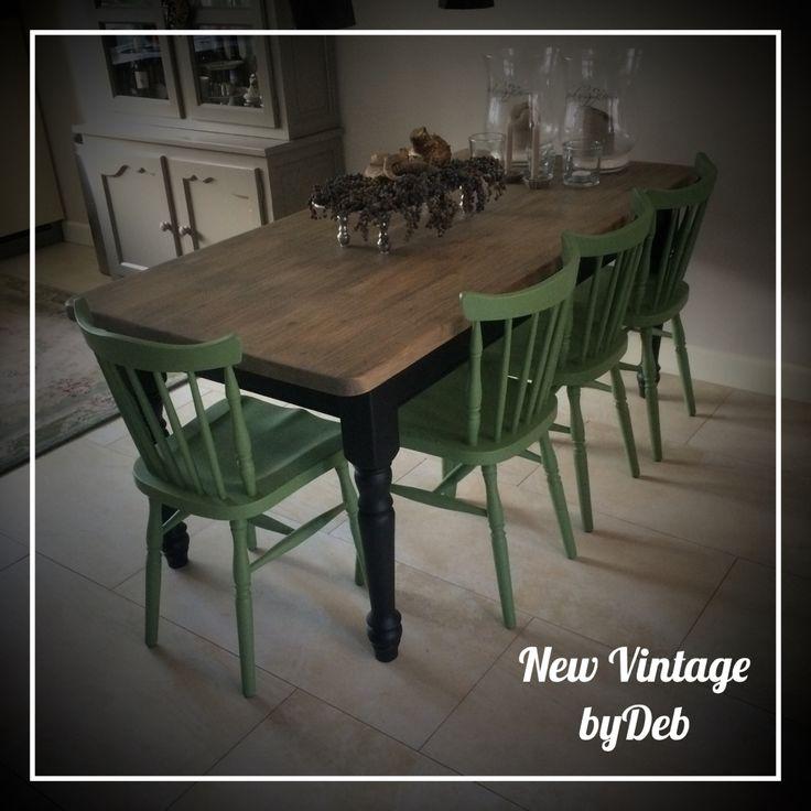 17 beste idee n over groene stoelen op pinterest niet bijpassende stoelen vintage stoelen en - Tafel stockholm huis ter wereld ...