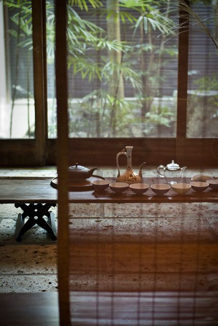 ileftmyheartintokyo:  Tea set by yocca on Flickr.