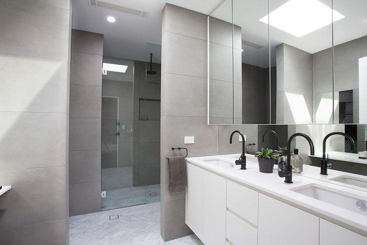Ensuite, black tapware, dual sink, mirrored vanity, skylights, makeup area, Pilcher Residential