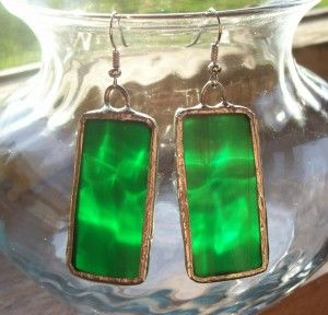 How to make stained glass jewelry