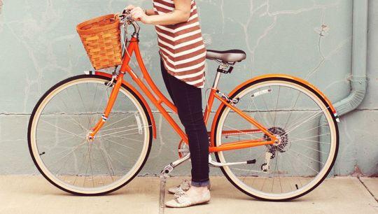 Nice colourMommy Style, Vintage Bikes, Random Things, Tazas Style, Orange Bikes, Bikes Spots, Style Blog, Bicycle, Bikes Style