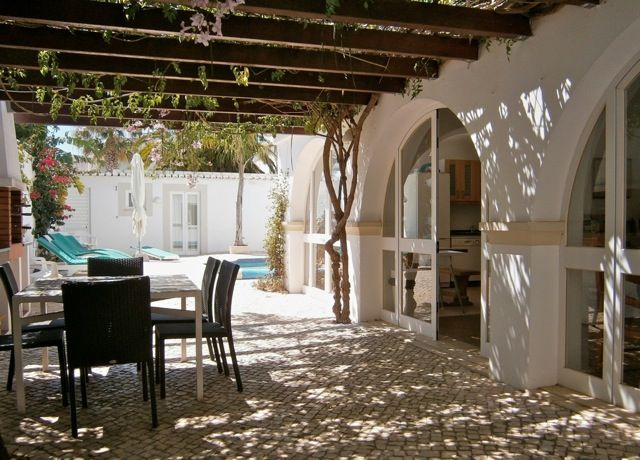 Holiday Villas Western Algarve 4 people » The Folly