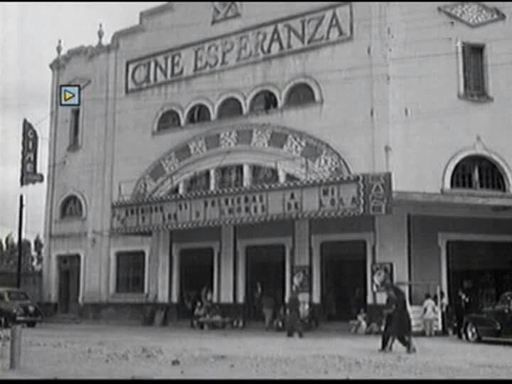 Cine Esperanza en Coyoacán. Se encontraba en la esquina que ahora forman Francisco Sosa y Cda. De Francisco Sosa