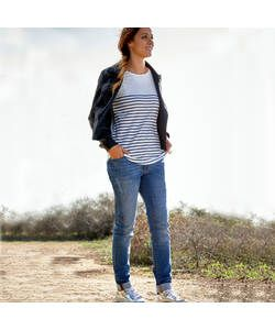 Cherokee Women's Relaxed Fashion Fit Jeans - Size 10.