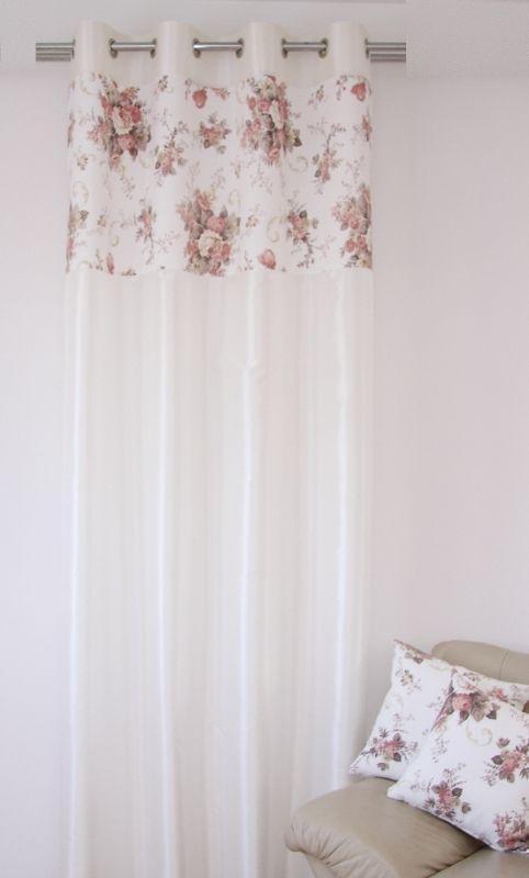 Zasłona koloru ecru do sypialni w róże