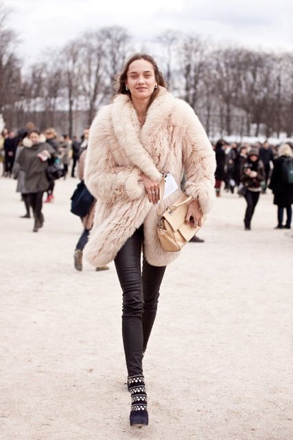 Perfect street outfit for fur - The Glitter Guide