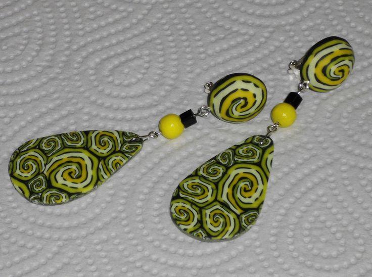 Lange Ohrclips in Tropfenform gelb-schwarz - ein Designerstück von iCo-Design bei DaWanda