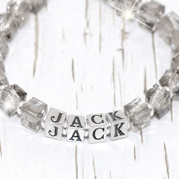 Glaise is crafted with 6mm smoky grey crystal cubes and bright sterling silver beads, Glaise is sure to quickly become his favourite. Personalise his bracelet with his name in 4.5mm solid sterling silver letter cubes and add an optional extra charm(s) if you wish