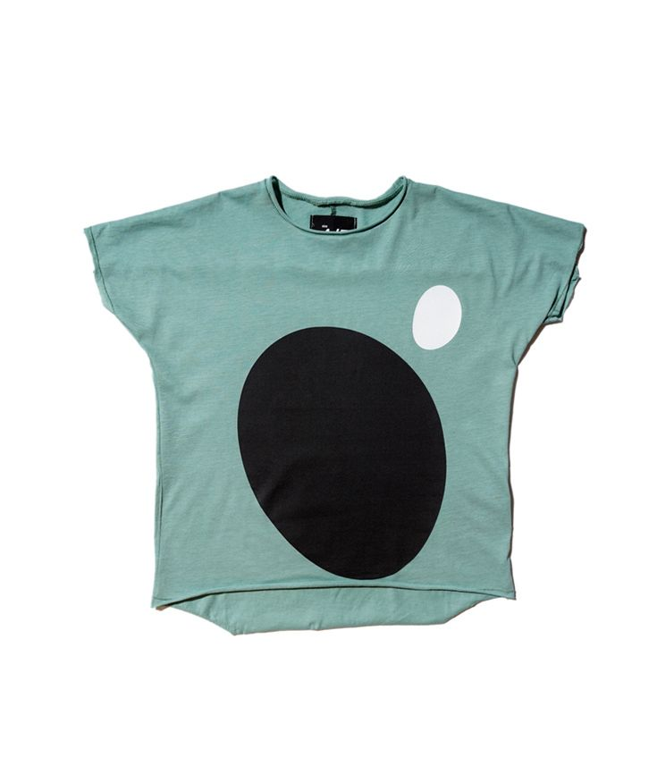 black oval  t-shirt