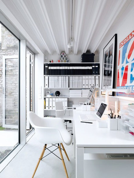 black and white workspace in bright room | Interior Minimalist Design