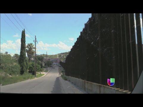 Las zonas vulnerables de la frontera entre México y Estados Unidos - Noticiero Univisión - YouTube
