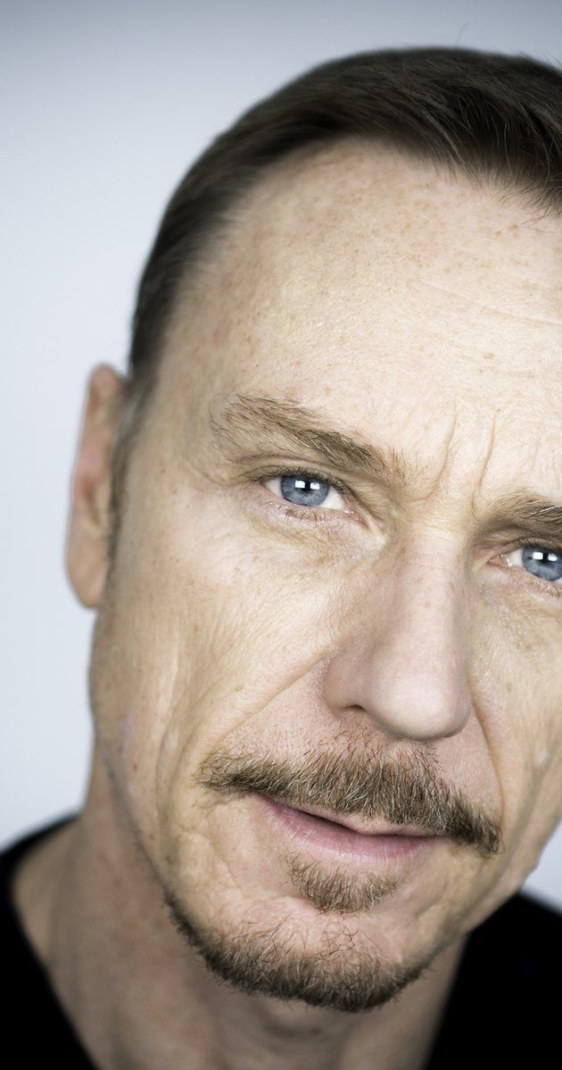 Ben Daniels, Actor: Locke. Ben Daniels is a multi-award winning performer who is equally at home whether working in Film, Television or Theatre. He was born in the Midlands and became interested in acting through drama lessons while at comprehensive school. He began his career after leaving London's prestigious LAMDA drama school. His early work in theatres around the UK led to him being cast as Richard Loeb, one of the ...