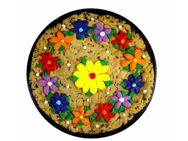 How to Make a Cookie Cake from Cookie Dough   Gourmet Cookie Bouquets Recipe Blog