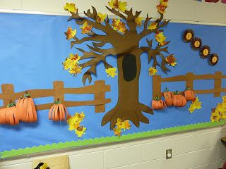 I Blame My Mother: YoYo Painting and Fall Bulletin Board...bulletin board ideas for preschool | paper into my fall bulletin board as the fall leaves
