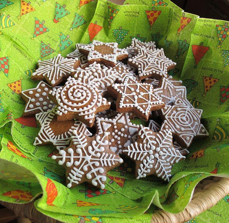 30 perníkových hvězd vánočních