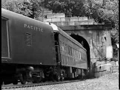 Royal Canadian Pacific Vintage EMD F7 (Part 1/2)