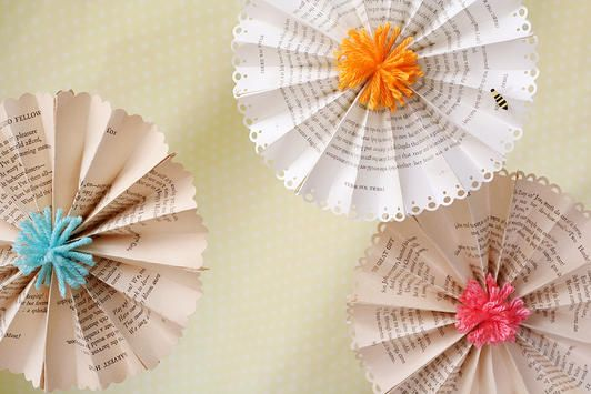 Punch the edges of your paper and create accordion-folded party decor! www.fiskars.com