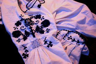 Camisa regional de Viana (do traje da mordoma) - pormenor do ombro