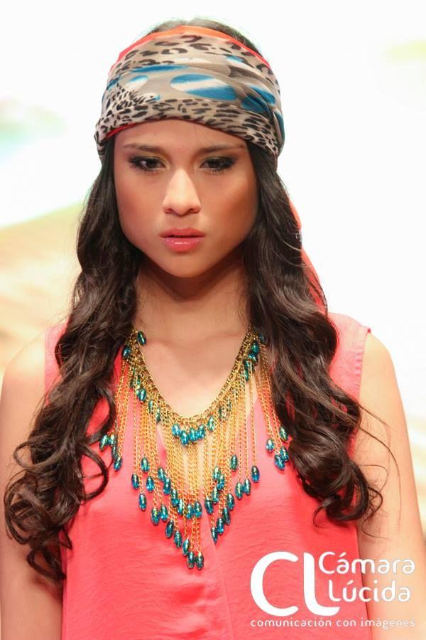 Collar Olas dorado Alejandra Valdivieso accesorios para mujer maxi necklace