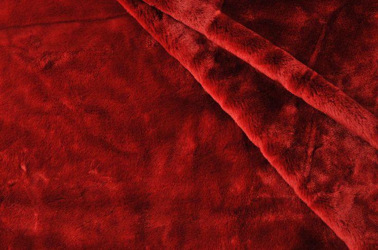 Umělá kožešina tm. červená, krátký vlas imitace činčila, UK021  890,-