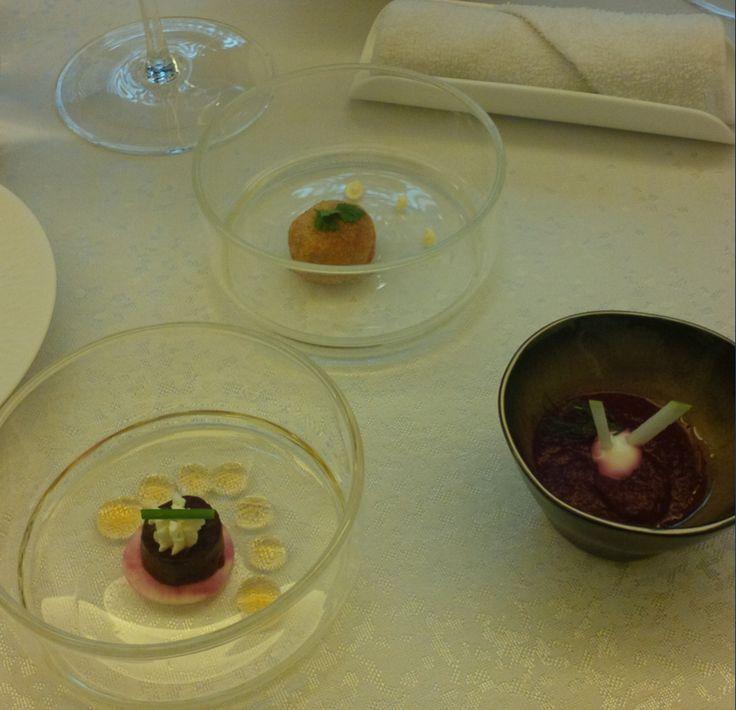Amuse-bouches à base de betterave et de truffe