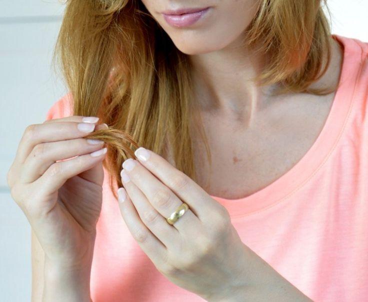 rozdwojone końcówki włosów: http://dailytips.pl/rozdwajajce-si-kocowki-wosow/
