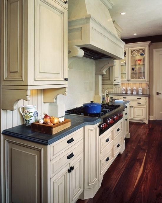 17 best images about tudor cottage style on pinterest for Tudor kitchen design