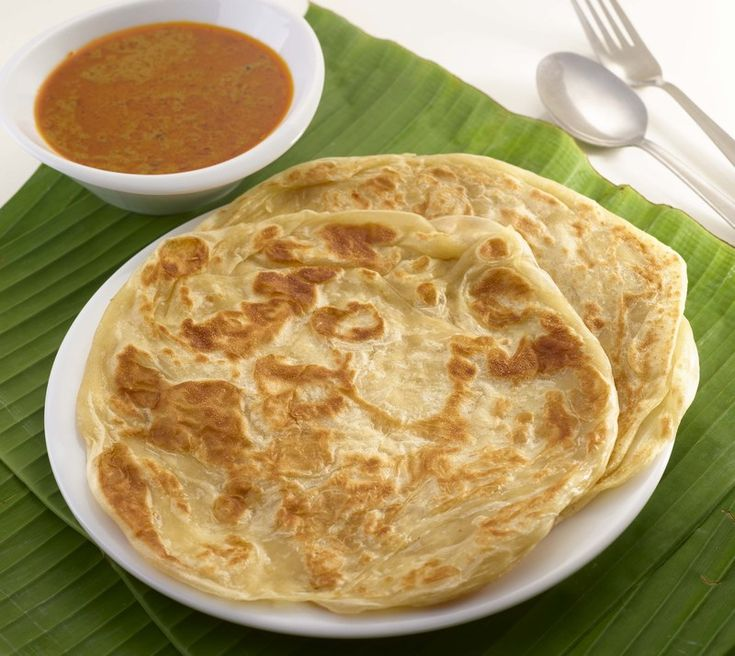 I'm hungry now! Roti Canai from Malaysia please! :(