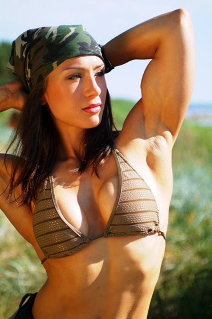 Girl Motivation Wallpaper Pauline Nordin Girl Flex Pinterest Fitness Modeling