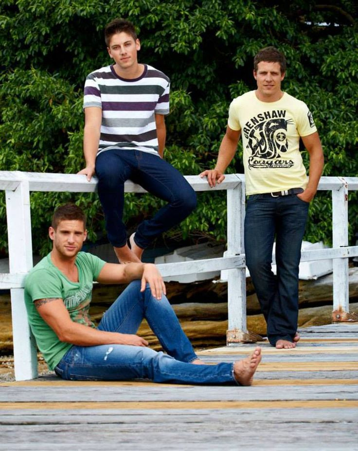 - Dan Ewing - Lincoln Younes - Steve Peacocke  :3