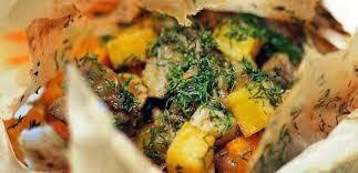 Πολίτικη Κουζίνα Αλίντα Κανάκη: Πολίτικο αρνάκι στη λαδόκολλα