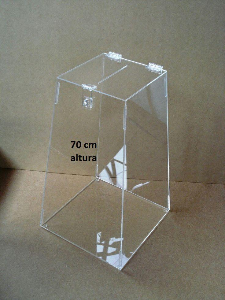 Urna acrílico cristal 3 mm/70 cm altura.