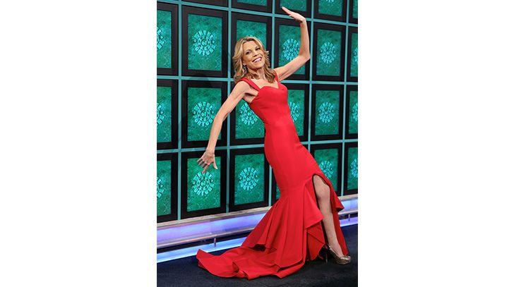 Ol One Day Vannas Dress Reminded Her Of The Salsa Dancer Emoji