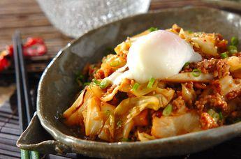 ご飯がすすむ甘辛い肉みそ炒めはキャベツもたくさん摂れます。丼にしてもおいしい!