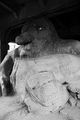 20100824-Fremont_Troll (Snow Dragonwyck) Tags: stone dark fremont troll 2010 dpc photodactylcom