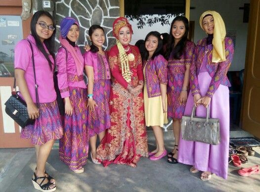 The bride and the bridesmaids...