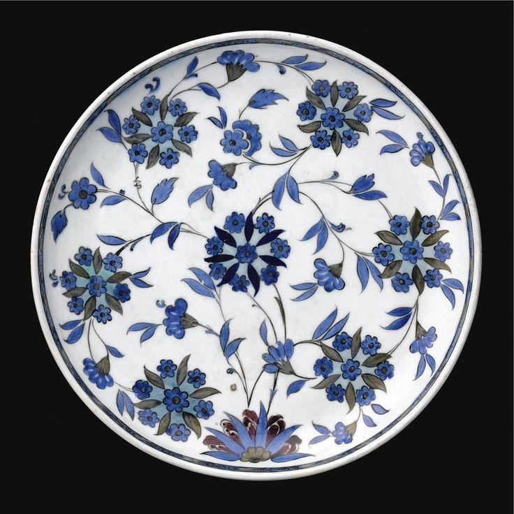 A Fine and Rare Iznik 'Damascus Style' Dish, Turkey, <P>Circa 1540</P> | Lot | Sotheby's