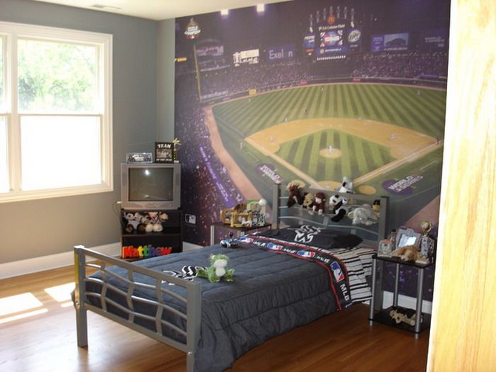 Baseball Murals In Small Kids Bedroom