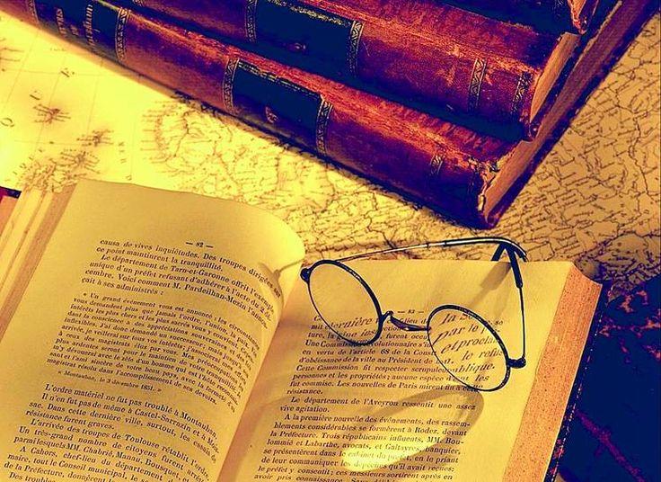 Elogio de la crítica literaria: http://www.revistaenie.clarin.com/literatura/Elogio-critica-literaria_0_1282671742.html