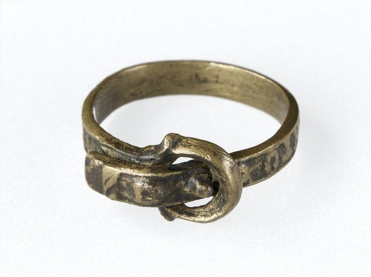 Bronze ring in the shape of a buckled collar, France, c. 1500