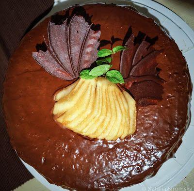Moja Odrobina Zapomnienia: Tort z gruszkową żelką i winogronami