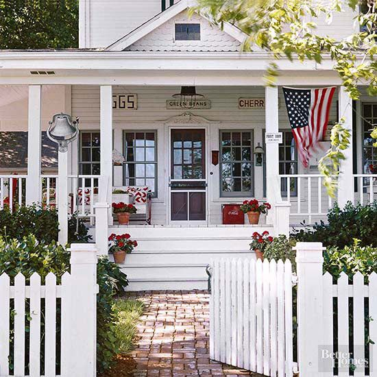 We already know you love them! Check out our most-pinned curb appeal ideas here: http://www.bhg.com/home-improvement/exteriors/curb-appeal/most-pinned-curb-appeal-ideas/?socsrc=bhgpin081215vintageamericana&page=18