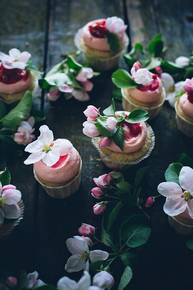 Sourcream rhubarb cupcakes with ginger cream cheese frosting and poached rhubarb