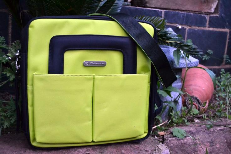 El bolso ideal para cualquier silla de paseo. En gama de 12 colores. ¿El nombre? Noname, de Bebemon.    The perfect bag for any stroller. Available in 12 colours. Noname bag, by Bebemon.